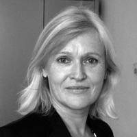 Karin Hennig M.A., Kunstsachverständige und Publizistin